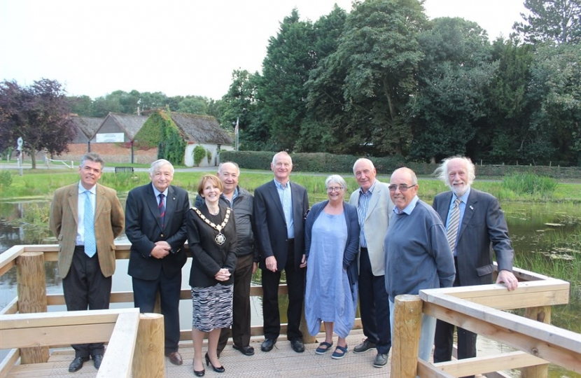 Kit Read, Cllr. Lewis Strange, Cllr Angela Lawrence, Syd Howdin, Steve Hudson, Helen Pitman, Neil Hunton, Mr. Joyce and Cllr Owen Bierley